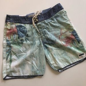 Billabong garage X Stab Collection boardshorts